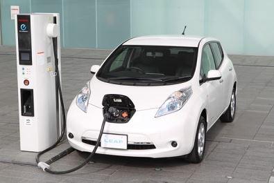 電気自動車等の購入又はリース契約に最大30万円補助